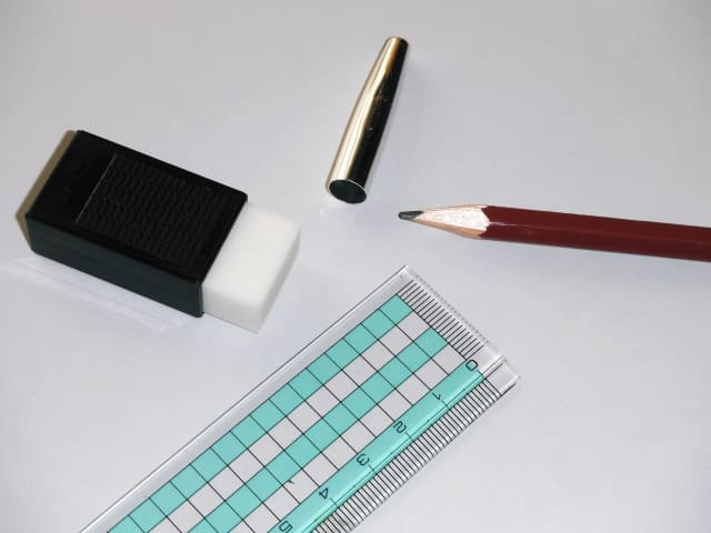 hudebakoyogore5 筆箱の汚れを洗う!完璧な筆箱の鉛筆汚れの落とし方とは